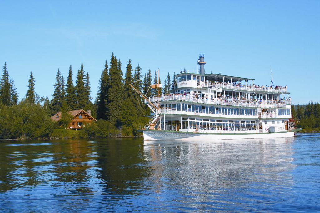 Riverboat Discover - Fairbanks RV Park - Fairbanks Hotel